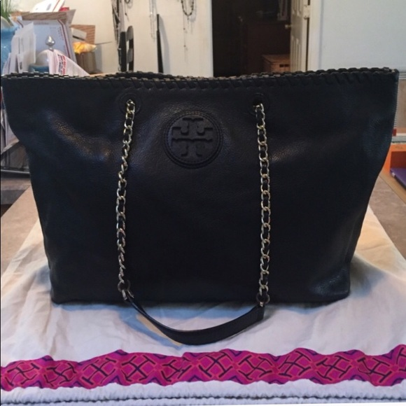 e836f7cf3804 Tory Burch Black Leather Marion E W Chain Tote. M 5ad119c561ca10a9695c8cce.  Other Bags you may like